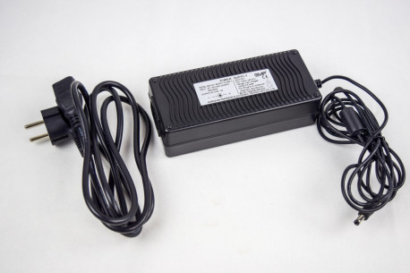 Chargeur  échograpge EMP V9